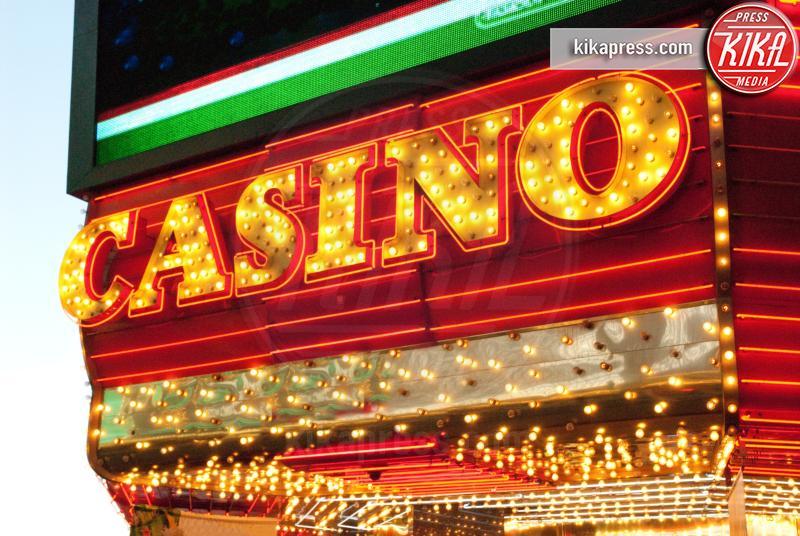 Casino sign, las vegas, USA - 11-05-2017 - Skill Games, l'ultima tendenza dei casinò made in USA