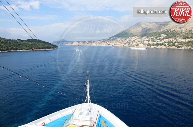Ship approaching dubrovnik - 13-05-2017 - Ecco le più belle crociere al mondo!