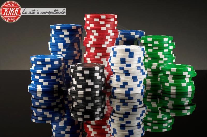 Stacks of gambling chips - 15-05-2017 - I live casino conquistano gli appassionati dei giochi