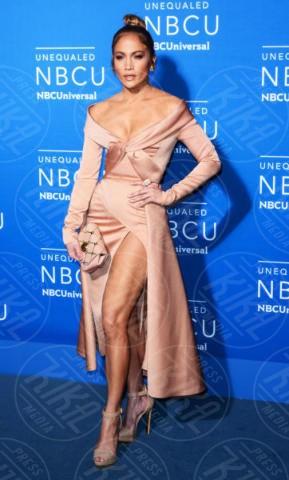 Jennifer Lopez - NYC - 15-05-2017 - Auguri Jennifer Lopez: amori, successi e miracoli della diva