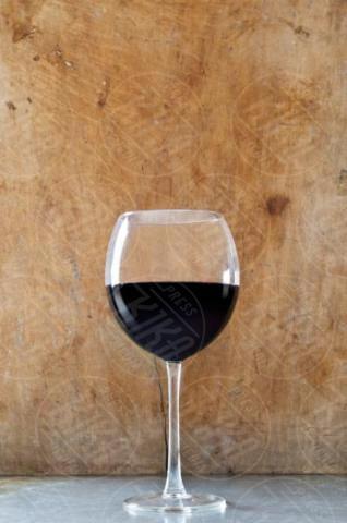 glass of red wine - 16-05-2017 - Alla scoperta della dieta di Meghan Markle
