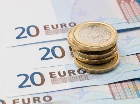 banknotes, Euro coins - 16-05-2017 - Cinque consigli per richiedere un prestito veloce