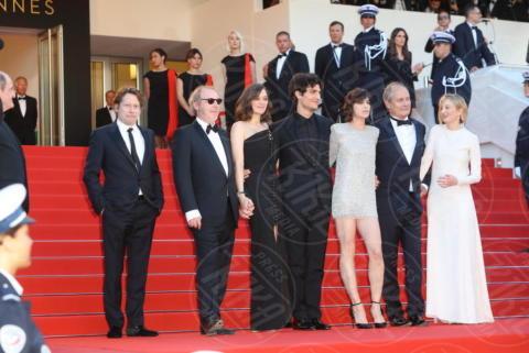 HIPPOLYTE GIRARDOT, Arnaud Desplechin, Mathieu Amalric, Louis Garrel, Alba Rohrwacher, Charlotte Gainsbourg, Marion Cotillard - Cannes - 17-05-2017 - Cannes 2017, le immagini della prima giornata