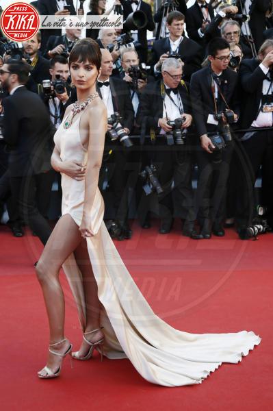 Emily Ratajkowski - Cannes - 17-05-2017 - Emily Ratajkowski:
