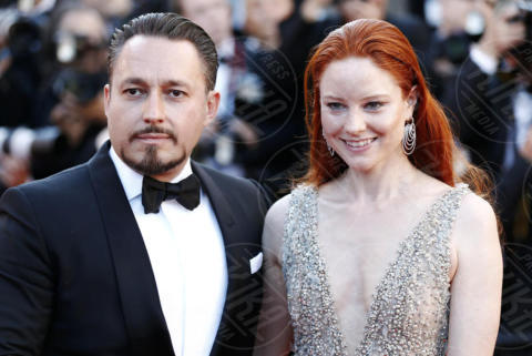 Klemens Hallmann, Barbara Meier - Cannes - 17-05-2017 - Cannes 2017: scollature, spacchi e trasparenze sul red carpet