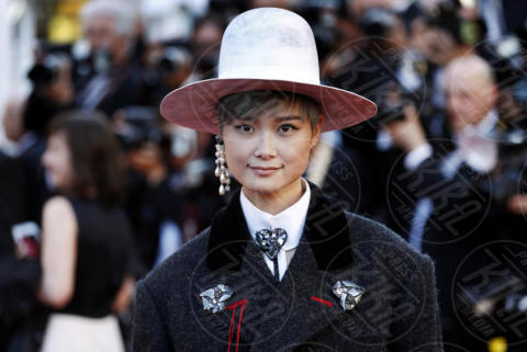 Li Yuchun - Cannes - 17-05-2017 - Cannes 2017: scollature, spacchi e trasparenze sul red carpet