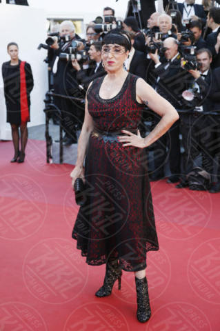 Rossy De Palma - Cannes - 17-05-2017 - Cannes 2017: scollature, spacchi e trasparenze sul red carpet
