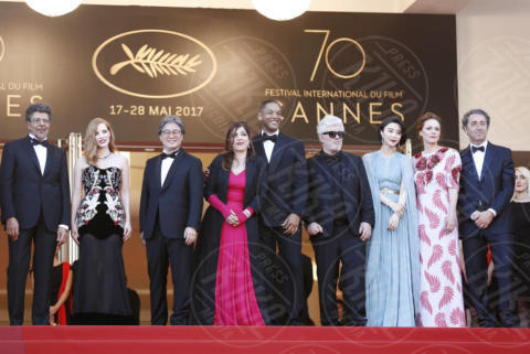 Agnes Jaqui, Maren Ade, Gabriel Yared, Jessica Chastain, Fan Bingbing, Park Chan Wook, Paolo Sorrentino, Pedro Almodovar, Will Smith - Cannes - 17-05-2017 - Cannes 2017: scollature, spacchi e trasparenze sul red carpet