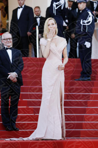 Uma Thurman - Cannes - 17-05-2017 - Cannes 2017: scollature, spacchi e trasparenze sul red carpet