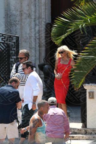 Edgar Ramirez, Penelope Cruz - Miami - 17-05-2017 - Penelope Cruz, la versione sexy di Donatella Versace