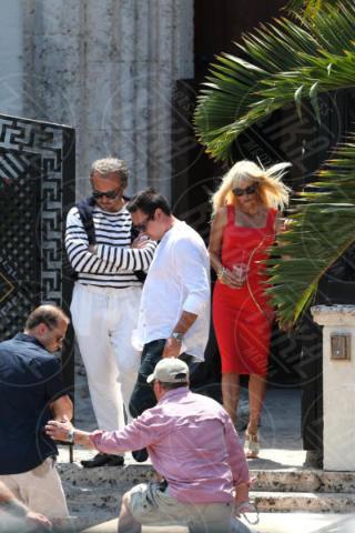 Edgar Ramirez, Penelope Cruz - Miami - 17-05-2017 - Penelope Cruz vestita a lutto nei panni di Donatella Versace