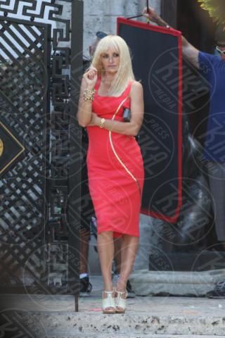 Penelope Cruz - Miami Beach - 17-05-2017 - Penelope Cruz, la versione sexy di Donatella Versace