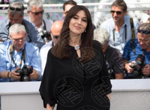 Monica Bellucci - Cannes - 17-05-2017 - Monica Bellucci: