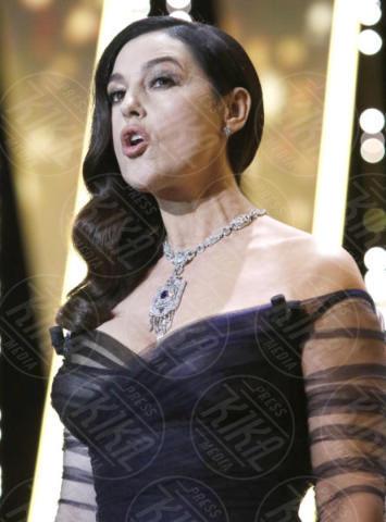 Monica Bellucci - Cannes - 17-05-2017 - Monica Bellucci subito hot: bacio focoso dopo il tango