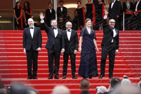Maryana Spivak, Alexey Rozin, ANDREY ZVYAGINTSEV, Mikhail Krichman - Cannes - 18-05-2017 - Cannes  2017, il seno nudo di Emily Ratajkowski incanta i fan