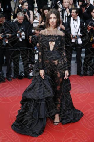 Emily Ratajkowski - Cannes - 18-05-2017 - Da Sanremo a Venezia: non c'è Festival senza scandalo!