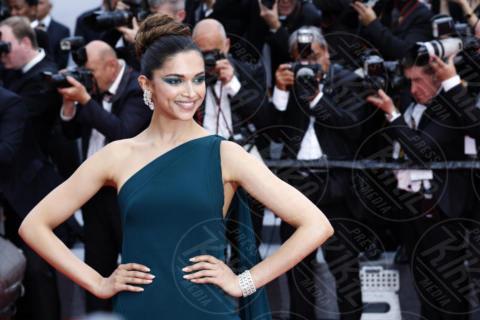 Deepika Padukone - Cannes - 18-05-2017 - Cannes 2017, le immagini della seconda giornata
