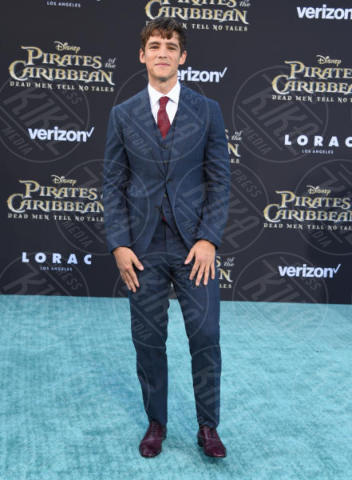 Brenton Thwaites - Hollywood - 18-05-2017 - Sparrow is back! A Hollywood la prima de I Pirati dei Caraibi 5