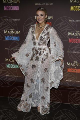 Tallia Storm - Cannes - 18-05-2017 - Cannes 2017: Cara Delevingne star del party Magnum X Moschino