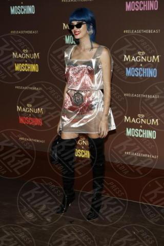 Sita Abellan - Cannes - 18-05-2017 - Cannes 2017: Cara Delevingne star del party Magnum X Moschino