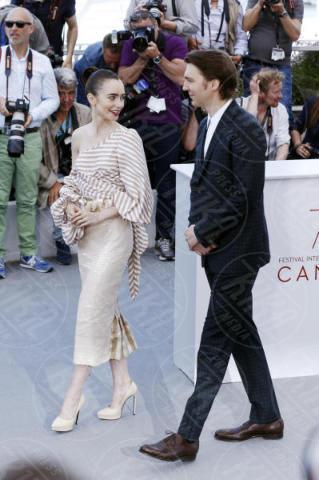 Paul Dano, Lily Collins - Cannes - 19-05-2017 - Cannes 2017: Tilda Swinton e Lily Collins al photocall di Okja