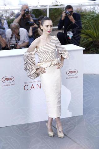 Lily Collins - Cannes - 19-05-2017 - Cannes 2017: Tilda Swinton e Lily Collins al photocall di Okja