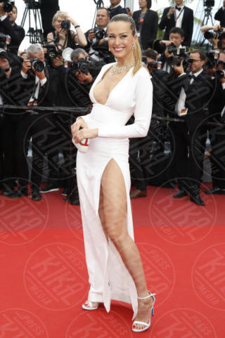 Petra Nemcova - Cannes - 18-05-2017 - Cannes 2017: sul red carpet lo spacco spacca!