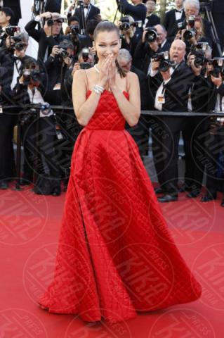 Bella Hadid - Cannes - 19-05-2017 - Cannes 2017, le immagini della terza giornata