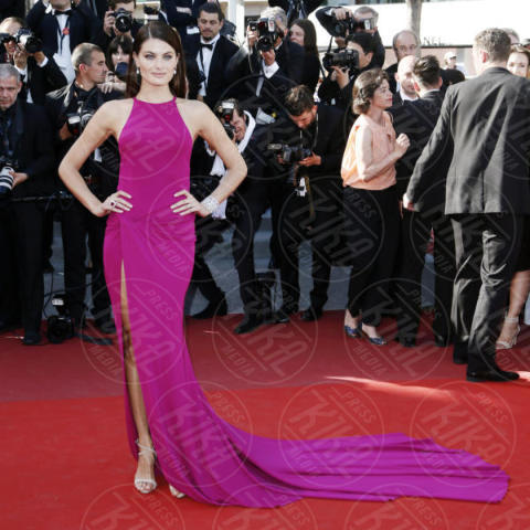 Isabeli Fontana - Cannes - 20-05-2017 - Cannes 2017: sul red carpet lo spacco spacca!