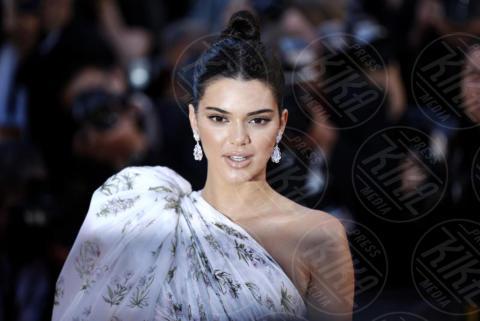 Kendall Jenner - Cannes - 20-05-2017 - Miniera Instagram: quanto vengono pagati i post delle star?