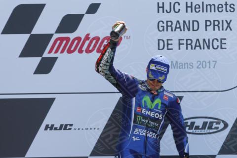 Maverik Vinales - Le Mans - 21-05-2017 - Le Mans: vince Vinales dopo la caduta di Rossi