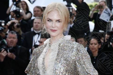Nicole Kidman - Cannes - 21-05-2017 - Cannes: l'eleganza di Nicole Kidman, il sideboob di Elle Fanning