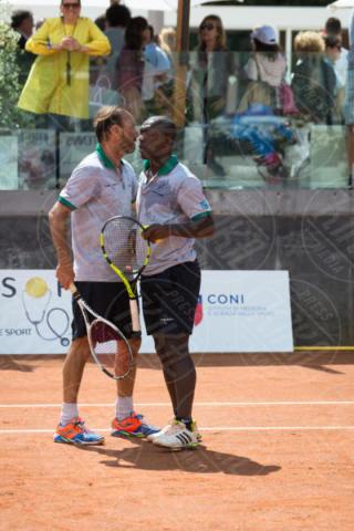 Dario Marcolin, Clarence Seedorf - Roma - 20-05-2017 - Paolo Bonolis e Clarence Seedorf tennisti per una buona causa