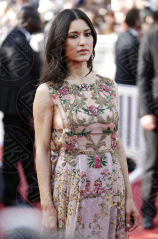 Julia Jones - Cannes - 21-05-2017 - Cannes: l'eleganza di Nicole Kidman, il sideboob di Elle Fanning