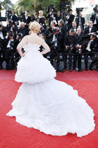 Angela Ismailos - Cannes - 21-05-2017 - Cannes: l'eleganza di Nicole Kidman, il sideboob di Elle Fanning