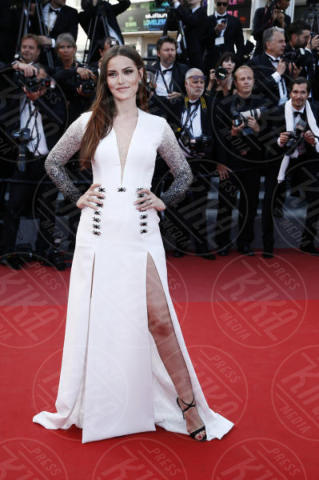Fahriye Evcen - Cannes - 21-05-2017 - Cannes: l'eleganza di Nicole Kidman, il sideboob di Elle Fanning