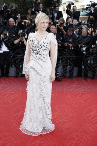 Greta Gerwig - Cannes - 21-05-2017 - Cannes: l'eleganza di Nicole Kidman, il sideboob di Elle Fanning