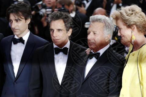 Ben Stiller, Dustin Hoffman - Cannes - 21-05-2017 - Cannes: l'eleganza di Nicole Kidman, il sideboob di Elle Fanning