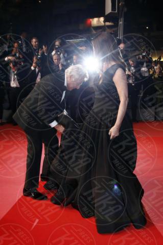 Dunstin Hoffman, Lisa Gottsegen - Cannes - 21-05-2017 - Cannes: l'eleganza di Nicole Kidman, il sideboob di Elle Fanning