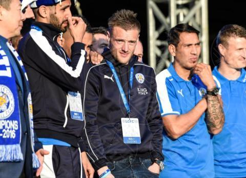 Leonardo Ulloa, Riyad Mahrez, Jamie Vardy, Atmosphere - Leicester - 16-05-2016 - Com'è la villa di un calciatore? Vi facciamo entrare noi