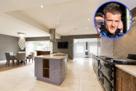 Casa Jamie Vardy - MELTON MOWBRAY - 25-04-2017 - Com'è la villa di un calciatore? Vi facciamo entrare noi