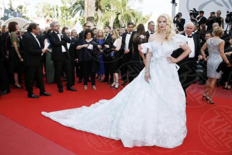 Angela Ismailos - Cannes - 22-05-2017 - Cannes 2017: Nicole Kidman, una damigella con tutù