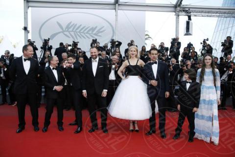 Sunny Suljic, Colin Farrel, Yorgos Lanthimos, Nicole Kidman - Cannes - 22-05-2017 - Cannes 2017: Nicole Kidman, una damigella con tutù