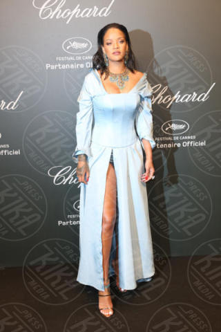 Rihanna - 19-05-2017 - Cannes 2017: sul red carpet lo spacco spacca!