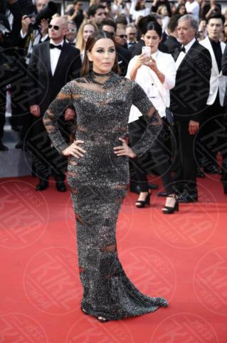 Eva Longoria - Cannes - 23-05-2017 - Cannes festeggia 70 anni: sul red carpet la crème de la crème