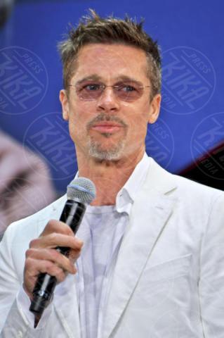 Brad Pitt - Tokyo - 23-05-2017 - 10 star che non pensavi fumassero marijuana