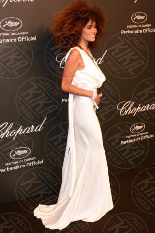 Tina Kunakey - Cannes - 19-05-2017 - Cannes 2017: Bella Hadid è la stella del party Chopard