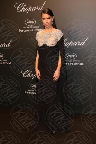 Adriana Lima - Cannes - 19-05-2017 - Cannes 2017: Bella Hadid è la stella del party Chopard