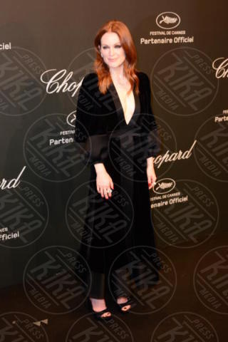 Julianne Moore - Cannes - 19-05-2017 - Cannes 2017: Bella Hadid è la stella del party Chopard