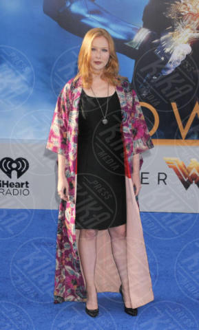 Molly Quinn - Los Angeles - 25-05-2017 - Gal Gadot incontra Lynda Carter, la prima Wonder Woman
